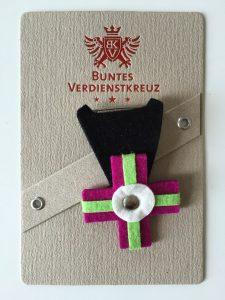 Buntes-Verdienstkreuz