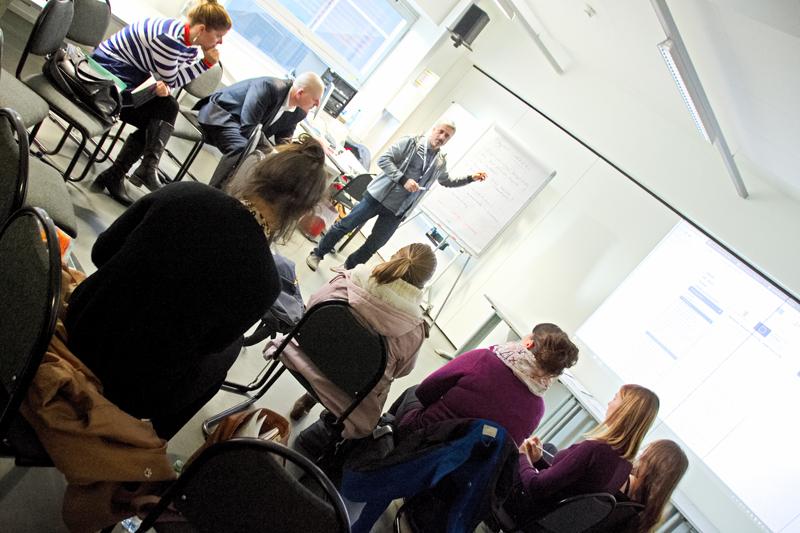 """KWSA gründet Task Force Digitalisierung auf KWSA BARCAMP """"Ohne geht nicht! – die Kreativwirtschaft als Zukunftsbranche"""" Slide 2"""